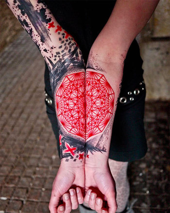 25 Trippy Geometric Tattoos (Photo Gallery) - Karma Jello