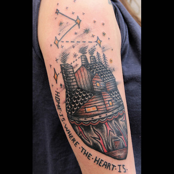 home is where the heart is tattoo by Alejandro Ferrer Acosta, La Tatuajería, Barcelona