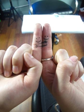 30 Best Friend Tattoos Ideas