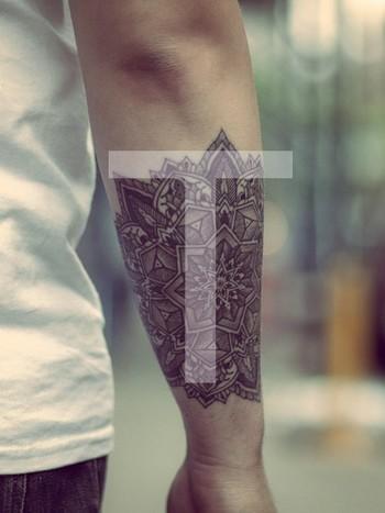geometric tattoo   Tumblr.. more like a HENNA tat 'if I were to be asked' :)