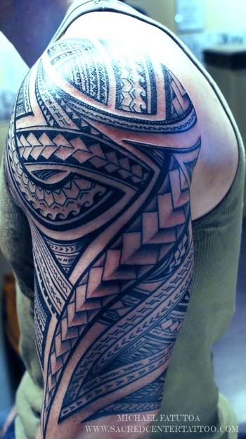 Samoan tribal tattoo on shoulder - Tattoosgallaries