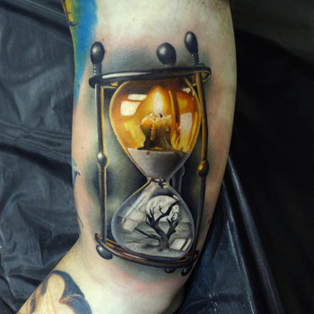 Life and Death Hourglass Tattoo | Best tattoo design ideas