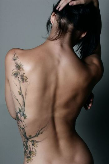 26 Delicate Botanical Tattoos & Ideas | Tattoodo.com