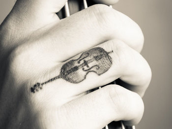 Freak Out With 26 Finger Tattoo Ideas - SloDive